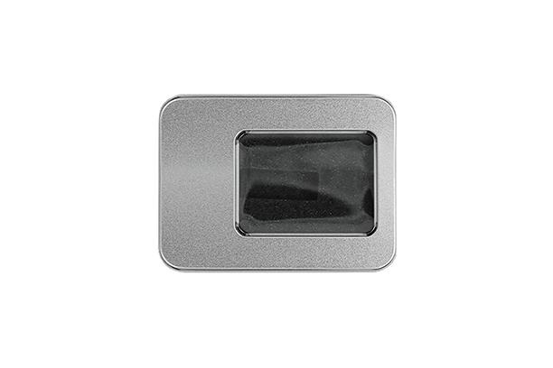 Малая металлическая коробка под флешку -